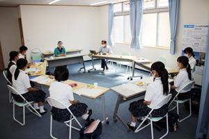 高校生が主体で行われる実行委員会の様子