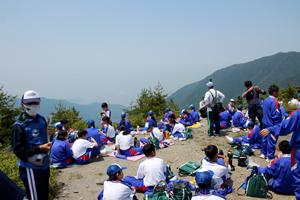 標高1,300mからふるさとを眺めながらの昼食は最高です!