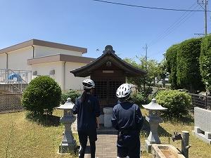 自転車道 沿いに神社発見! 天正の陣に関する神社だそうです。勝手にチョ歴遺産に認定!!