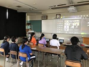 ライフⅡ(防災班)の研究生が中心になって今までの研究を報告。各校に分かれてからは、3つほど質問をさせていただきました。